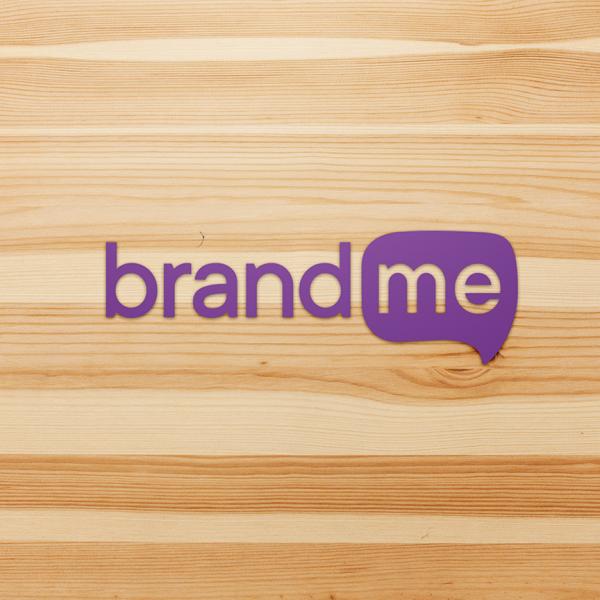 Sticker-BrandMe-Morado